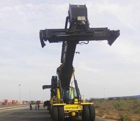 वाहनों से एसडीआरआई तथा परिवहन विभाग 1.5 करोड़ की कर चोरी पकड़ी