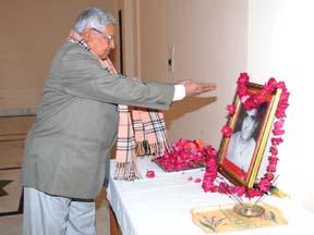 पूर्व मुख्यमंत्री हीरालाल देवपुरा को श्रद्धांजलि