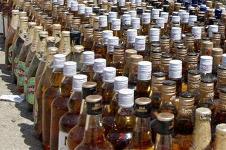 हरियाणा की लाई जा रही लाखों की अवैध शराब जब्त