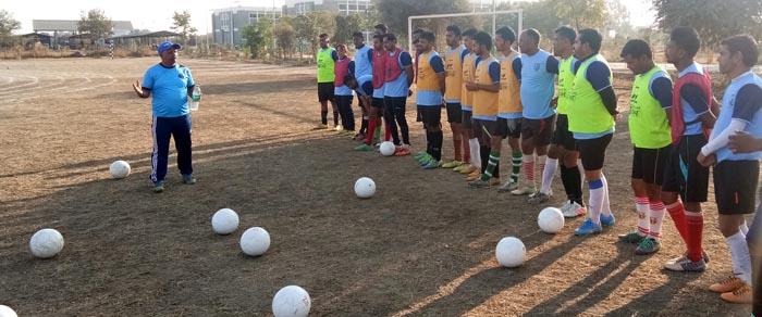 जिंक फुटबॉल एकेडमी की ओर से कोच प्रशिक्षण आयोजित