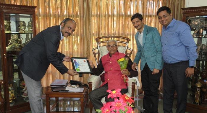 गुजरात में राज्यपाल कोहली ने शुरू की जान बचाने की मुहिम की शुरुआत