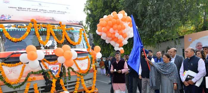 राजस्थान का भविष्य संवारेगी रिफाइनरी- मुख्यमंत्री ने किए जागरूकता रथ रवाना