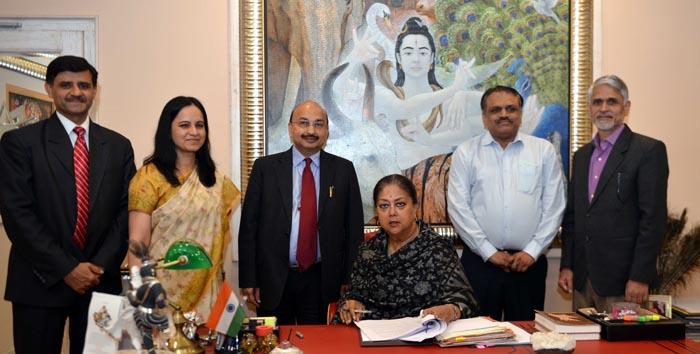 जनता को मुख्यमंत्री राजे से उम्मीदें और सरकार से क्रियान्वयन का विश्वास