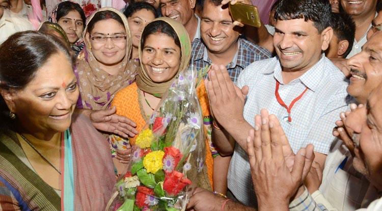 ग्रामसेवक बने ग्राम विकास अधिकारी, किया मुख्यमंत्री का अभिनंदन