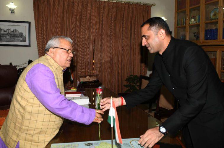 राज्यपाल से डॉ. जोगाराम मिले