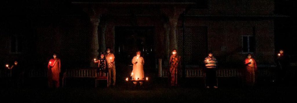रात 9 बजे देश ने मनाई एक और दीपावली
