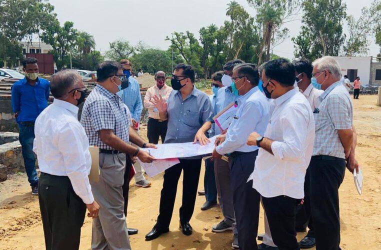 आवासन आयुक्त ने किया निवाई और वाटिका आवासीय योजनाओं का औचक निरीक्षण