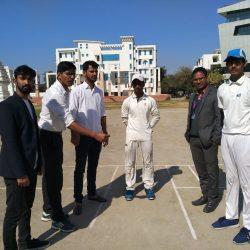सुरेश शर्मा मेमोरियल इंटरस्कूल क्रिकेट प्रतियोगिता का दूसरा दिन भी रोमांचक रहा