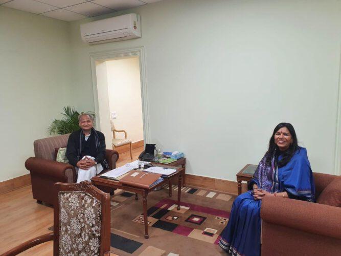 डीआरएम जोधपुर ने मुख्यमंत्री गहलोत से मुलाकात